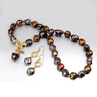 Baroque Pearl necklace earrings Set iridescent