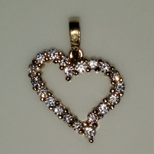 9ct Gold curved Heart pendant zirconia