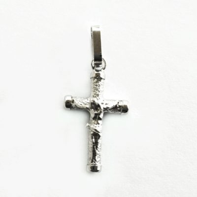 9ct white gold crucifix pendant florentine