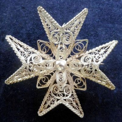 Sterling Silver filigree Maltese Cross brooch pendant 4cm Vintage