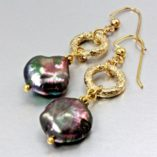 baroque-pearl-earrings-iridescent