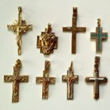 crucifix-jesus-tri-gold-collection-530