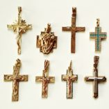 crucifix-tri-gold-collection-530