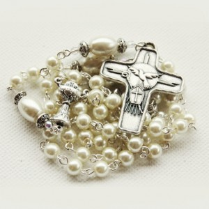 Rosary beads faux pearls ivory