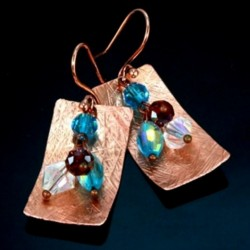 Swarovski Crystal earrings hammered Copper