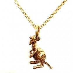 9ct Gold pendant Kangaroo sitting Australia