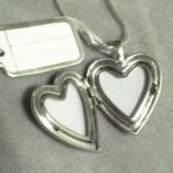 locket-footprints-sterling-silver-20x25mm-open-10046-530
