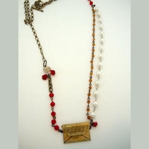 love-letter-metal-envelope-beaded-chain-pearls-crystal-flowers-full-dru-nck-letter-530