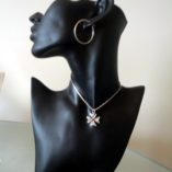 maltese-cross-filigree-pendant-2.0cm-mannequin-rhinestone-red-3mm-tfm-pnd-crsr1-530