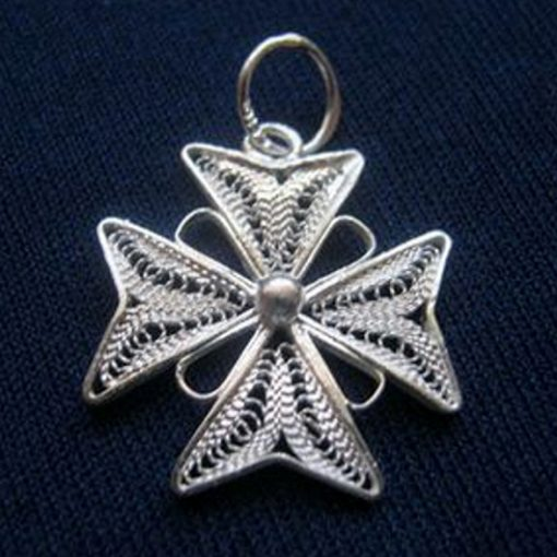Maltese Cross filigree pendant Sterling Silver 2cm