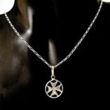 maltese-cross-sterling-silver-pendant-flat-18mm