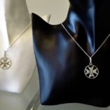 maltese-cross-pendants-flat-and-double-sided