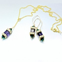 singapore-orchid-set-purple-velvet-cube-burgundy-blue-zircon-blend-bicone-asc-set-orchid-530