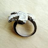 ring-baguette-zirconia-sterling-silver-bow