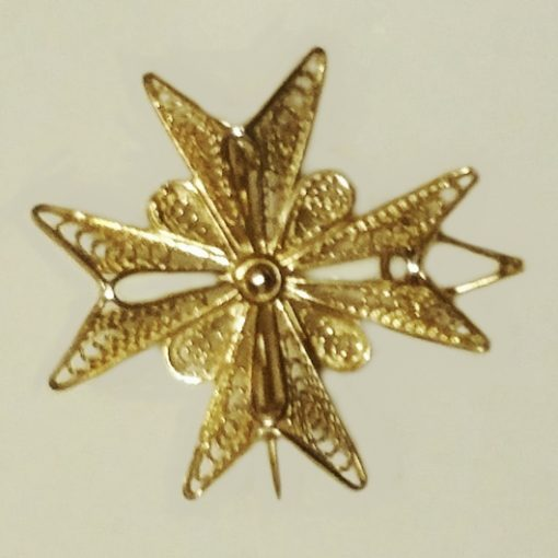 9ct Gold filigree Maltese Cross pendant brooch