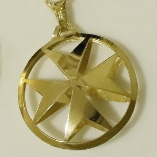 9ct Gold Maltese Cross double sided pendant 2.6cm