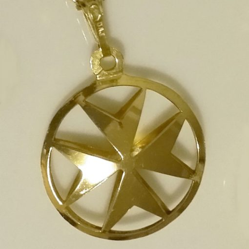 9ct Gold Maltese Cross double sided pendant 21mm