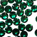 3mm-swarovski-crystal-rhinestones-emerald-green-530