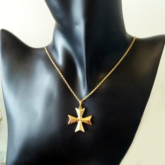 9ct gold maltese cross 3d pendant 3cm made in malta 5 maltese cross 9ct gold pendant 30mm 18g mozeypictures Choice Image