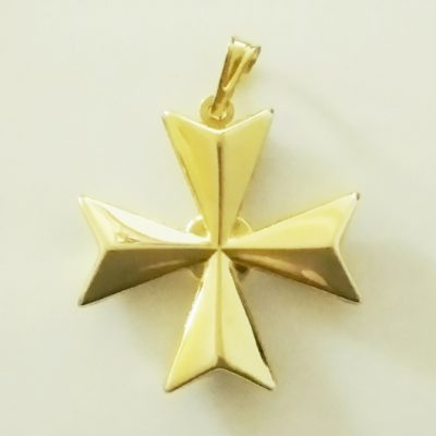 9ct Gold Maltese Cross 3D pendant 2.5cm
