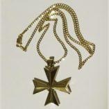9ct-Gold-Maltese-cross-3D-pendant-Curb-diamond-cut-chain