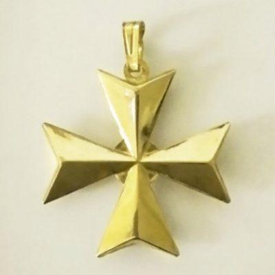 9ct Gold Maltese Cross 3D pendant 3cm