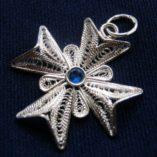 filigree-maltese-cross-2.5cm-sapphire-blue-swarovski-3mm-side-530