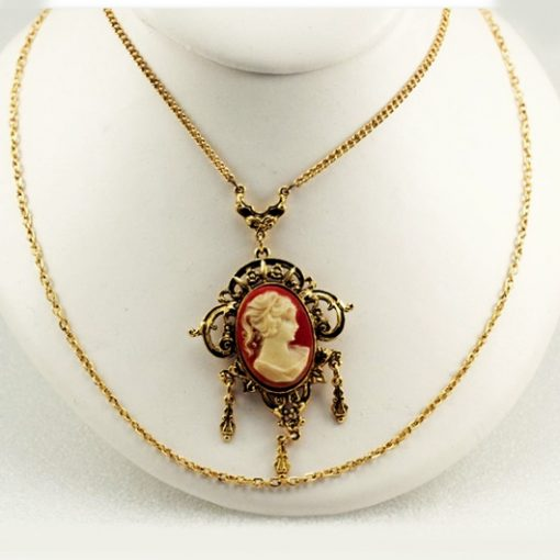 Cameo necklace Mode Art jewelry New York Vintage