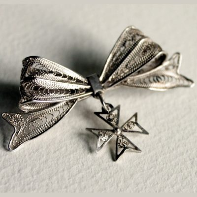 Sterling Silver filigree brooch Bow Vintage