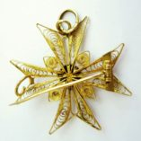18ct-gold-filigree-maltese-cross-pendant-brooch-back