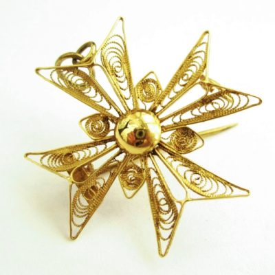 18ct Gold filigree Maltese Cross pendant brooch