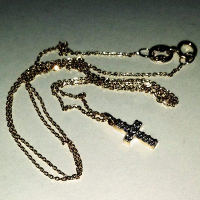 9ct yellow Gold Cross pendant diamond cut chain