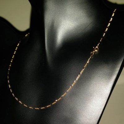 9ct Gold chain 31 Figaro diamond cut Italy