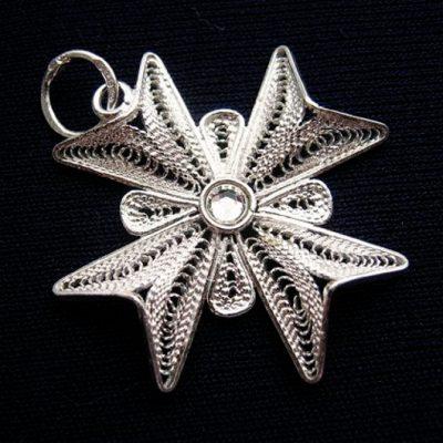 Maltese Cross filigree pendant Sterling Silver 2.5cm clear