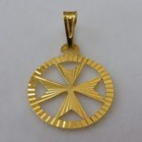 9ct-gold-maltese-cross-diamond-cut-circle-pendant-1.5cm