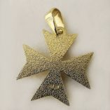 9ct-gold-maltese-cross-pendant-solid-back