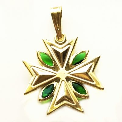 9ct Gold Maltese Cross pendant 1.8cm marquis stones Green