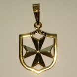 9ct-gold-Maltese-Cross-Coat-of-Arms-pendant