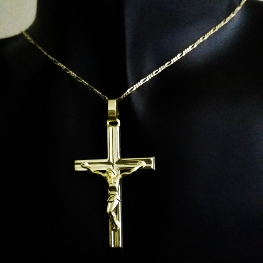9ct Gold Crucifix pendant Italy 5 3cm