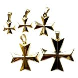 9ct-gold-maltese-cross-3D-pendants-5-sizess