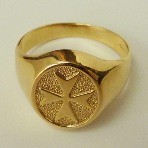 Maltese Cross ring 9ct Gold oval mens