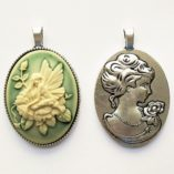 cameo-necklace-Garden-Fairy-ivory-green-double-sided