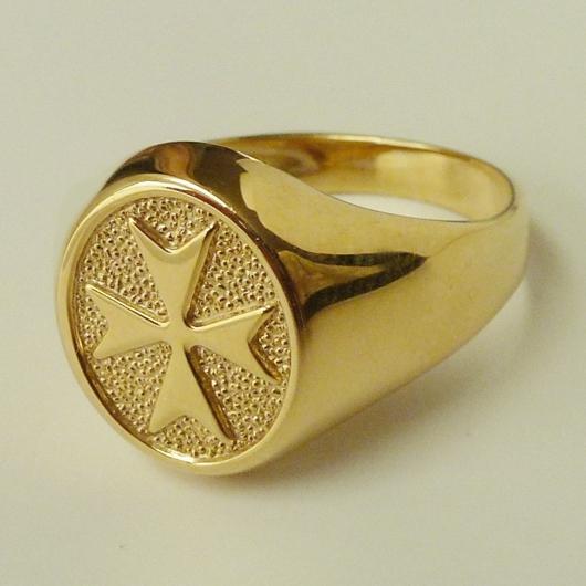 maltese cross ring 9ct gold oval made in malta. Black Bedroom Furniture Sets. Home Design Ideas
