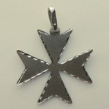 9ct-white-gold-Maltese-Cross-pendant-2.1cm