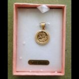 9ct-gold-pendant-St-George-slaying-dragon-side-boxed