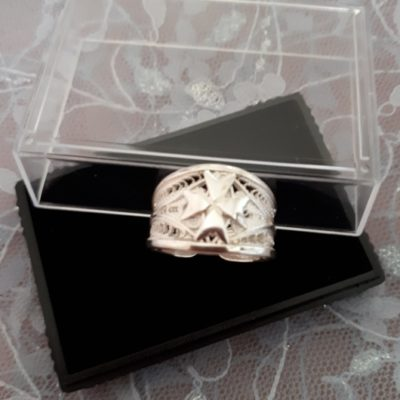 Filigree ring Maltese Cross Sterling Silver tapered