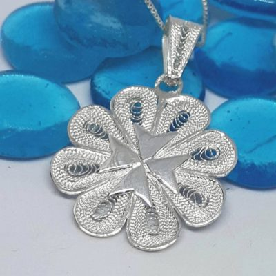 Maltese Cross filigree pendant Sterling Silver 2.7cm flower
