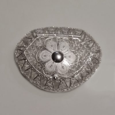Sterling Silver filigree trinket box Oval 6 petal