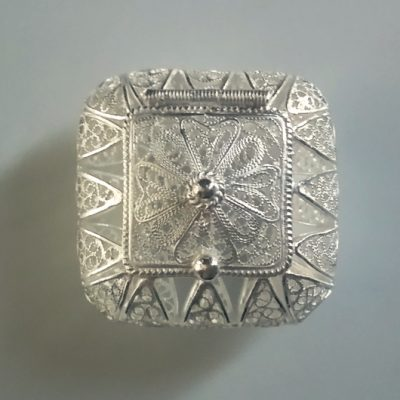 Sterling Silver filigree trinket box Maltese Cross square