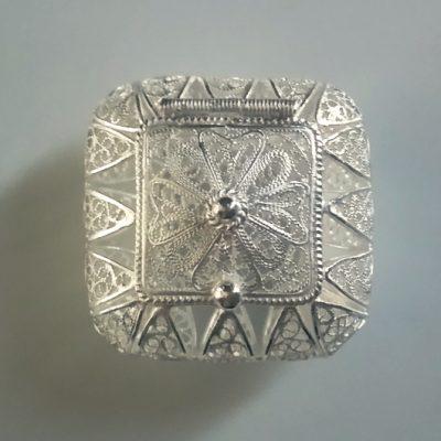 Sterling Silver filigree trinket box Maltese Cross square